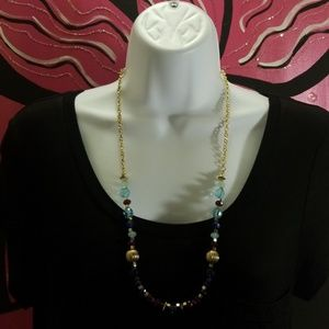 Womens Necklace & Bracelet Set